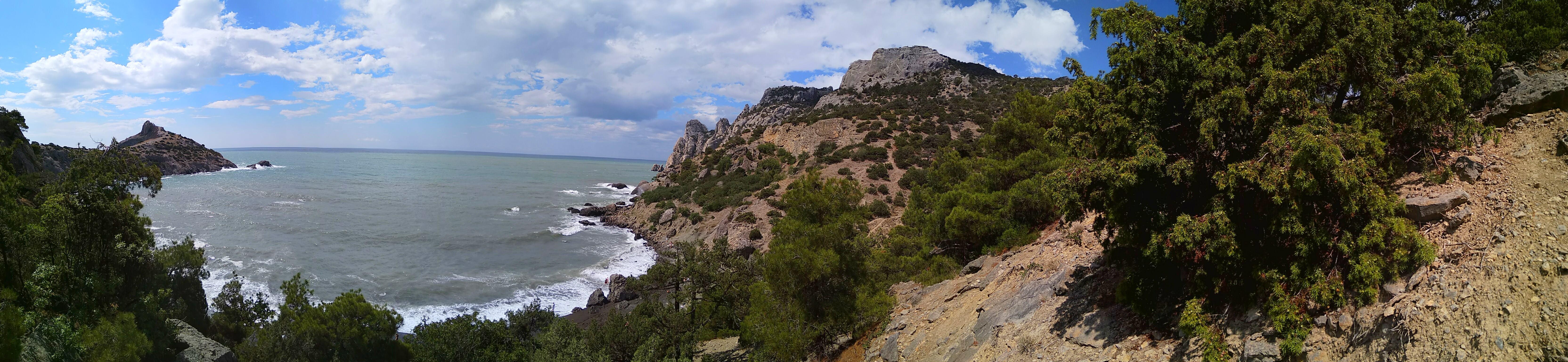 Царская бухта (вид с горы)
